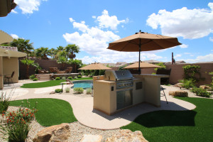 Modest Outdoor Kitchen and Custom Pool Build